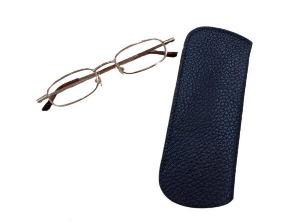 216 z očali