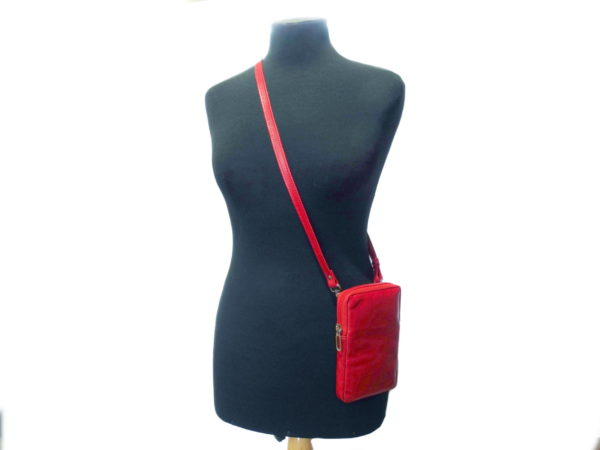 1020 red doll
